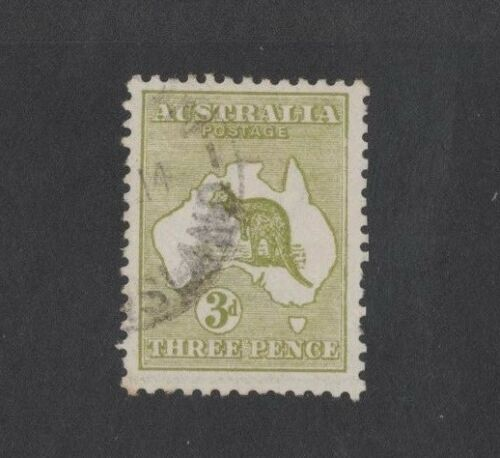 1913 Aust Roo 3d olive 1st wmk SG 5 variety retouched right frame used