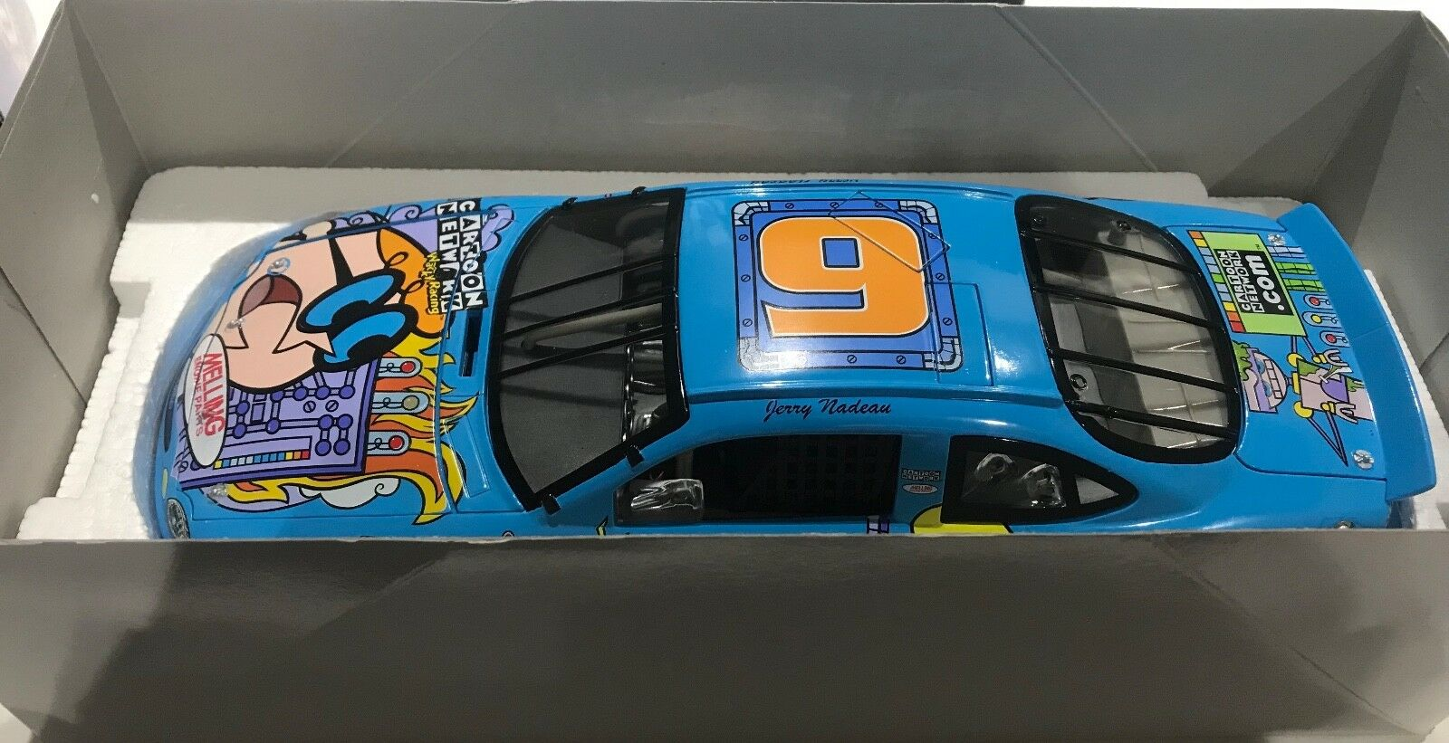 Action Racing Nascar Jerry Nadeau Cartoon Network Ford Taurus 1 18 Scale