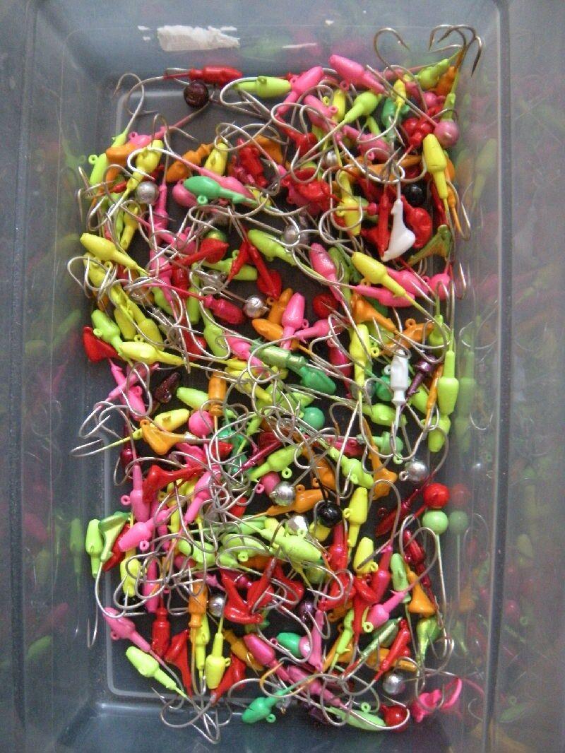 Lot of 50 JIG HEADS 3 8 oz Mixed colors 2 0 Mustad Saltwater Hook T&A JIGS