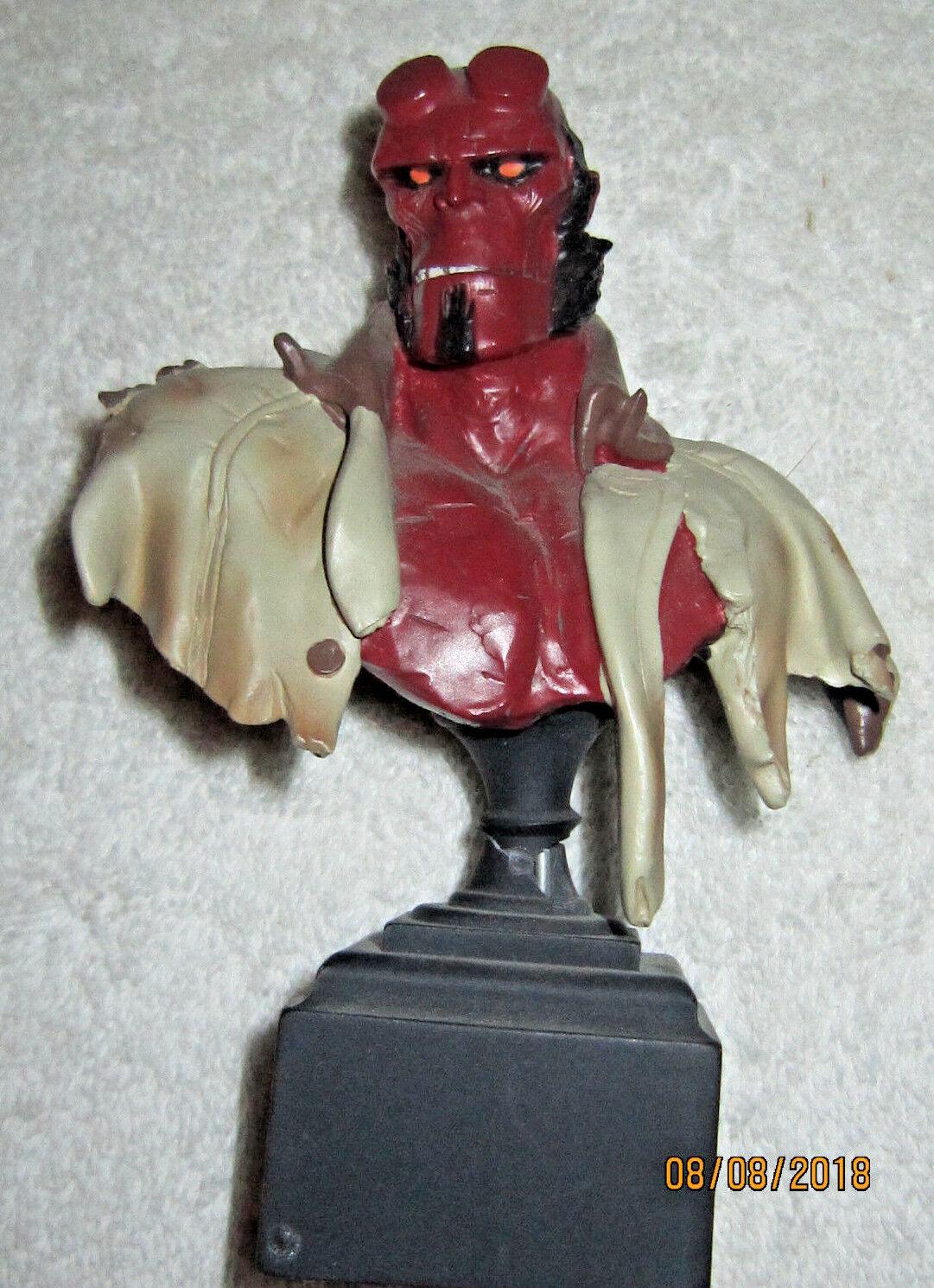 Hellboy abbildung von randy bowen limited edition 2642 3000.mit der kiste.nm.