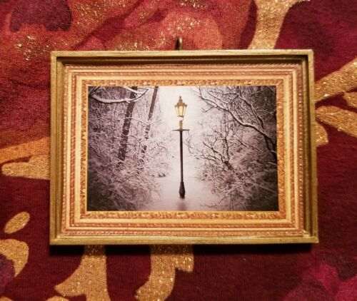 Narnia Light Post Christmas Custom Handmade Ornament//Magnet//Dollhouse miniature