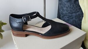 New Clarks Taylor Palm Black Leather t
