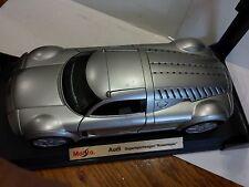Maisto Audi Supersportwagen Rosemeyer Concept in 2000 1:18 Scale Diecast