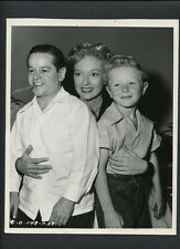 EVELYN KEYES + BILLY CURTIS + JIMMY HUNT - 1948 DOUBLEWEIGHT BY JOE WALTERS