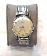 VINTAGE TIMEX MENS WATCH,  WIND UP WATCHS RUNNING VINTAGE WATCHES.