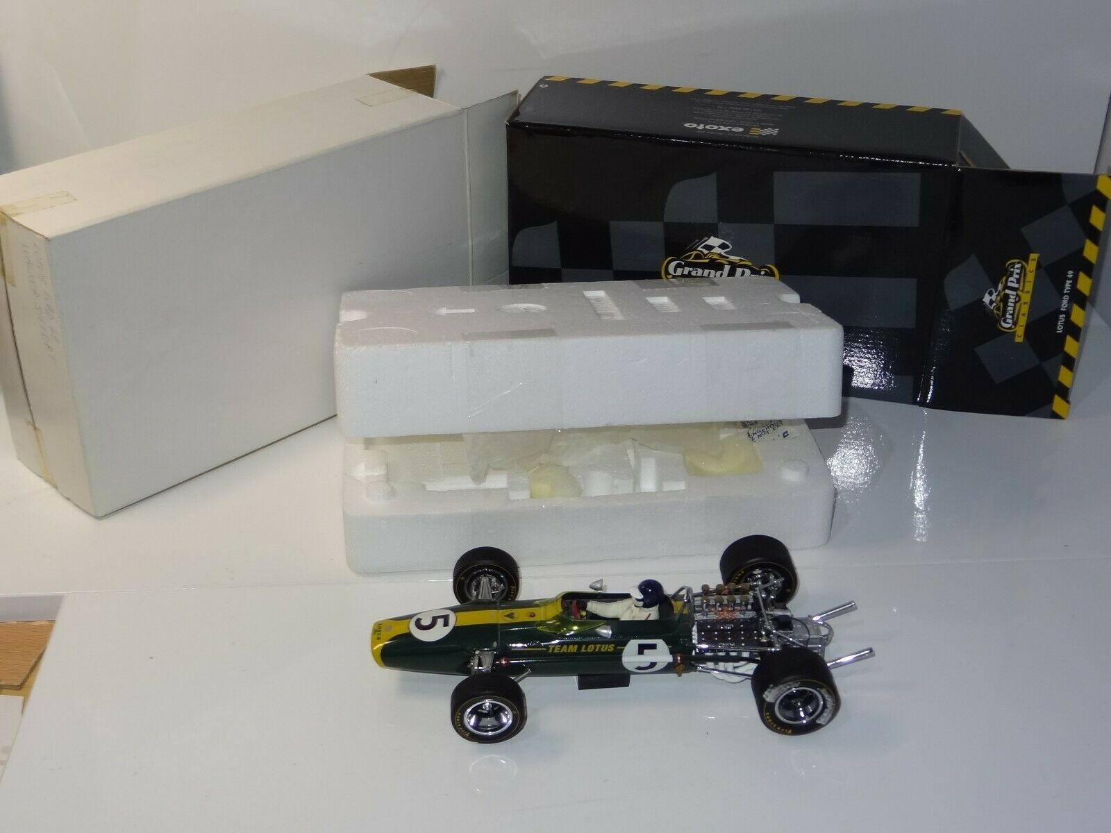 (W) EXOTO 1 18 LOTUS FORD 49 GRAHAM HILL South Africa Grand Prix - 97003 BOXED