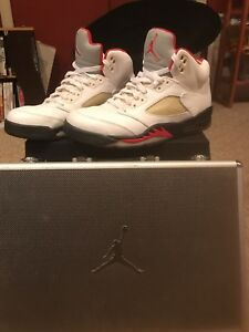Details about Nike Air Jordan Retro 5 Fire Red Size 10.5 Great Condition