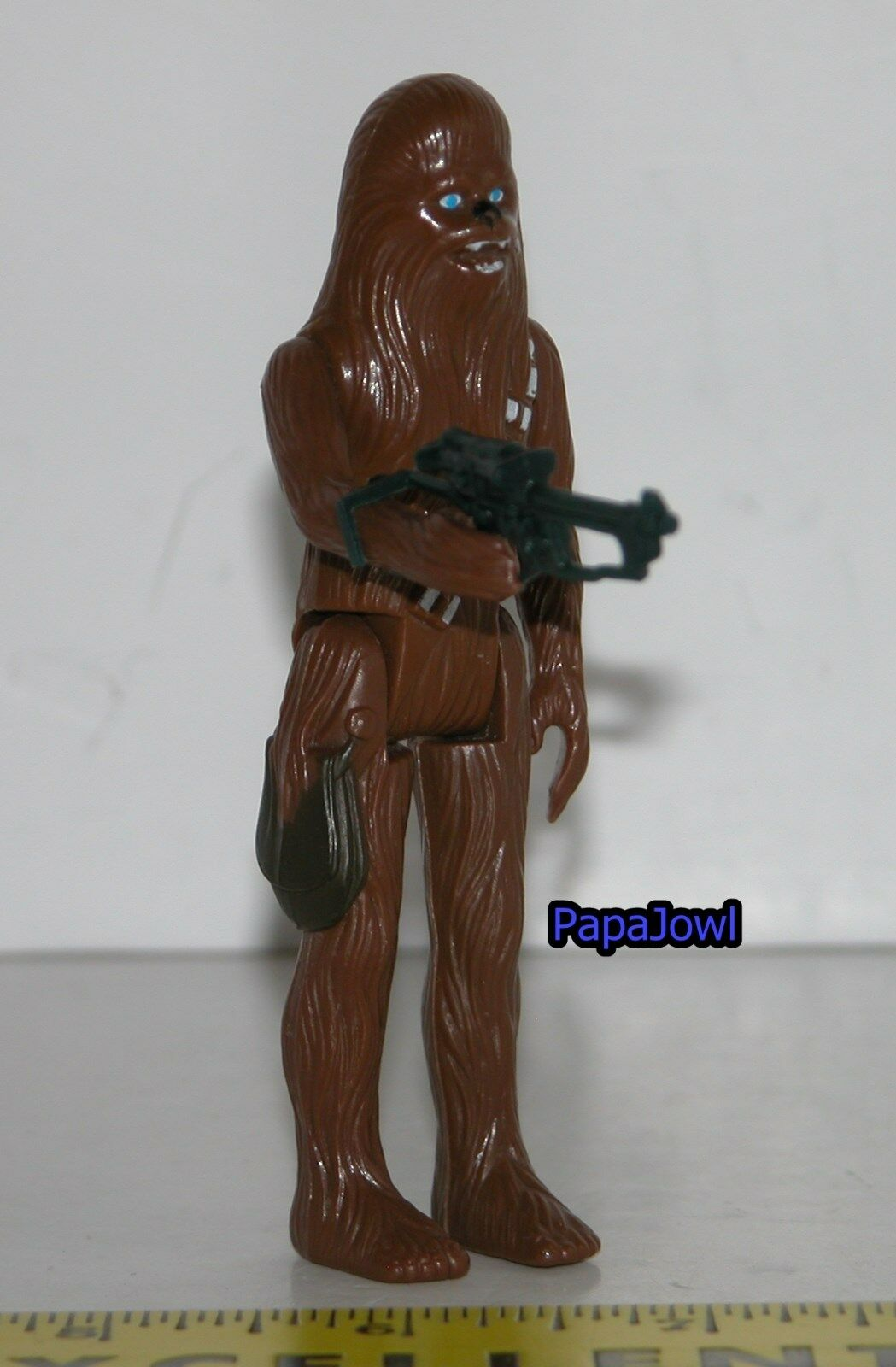 Vintage 1977 Star Wars Chewbacca with Blaster Rifle Kenner Hong Kong