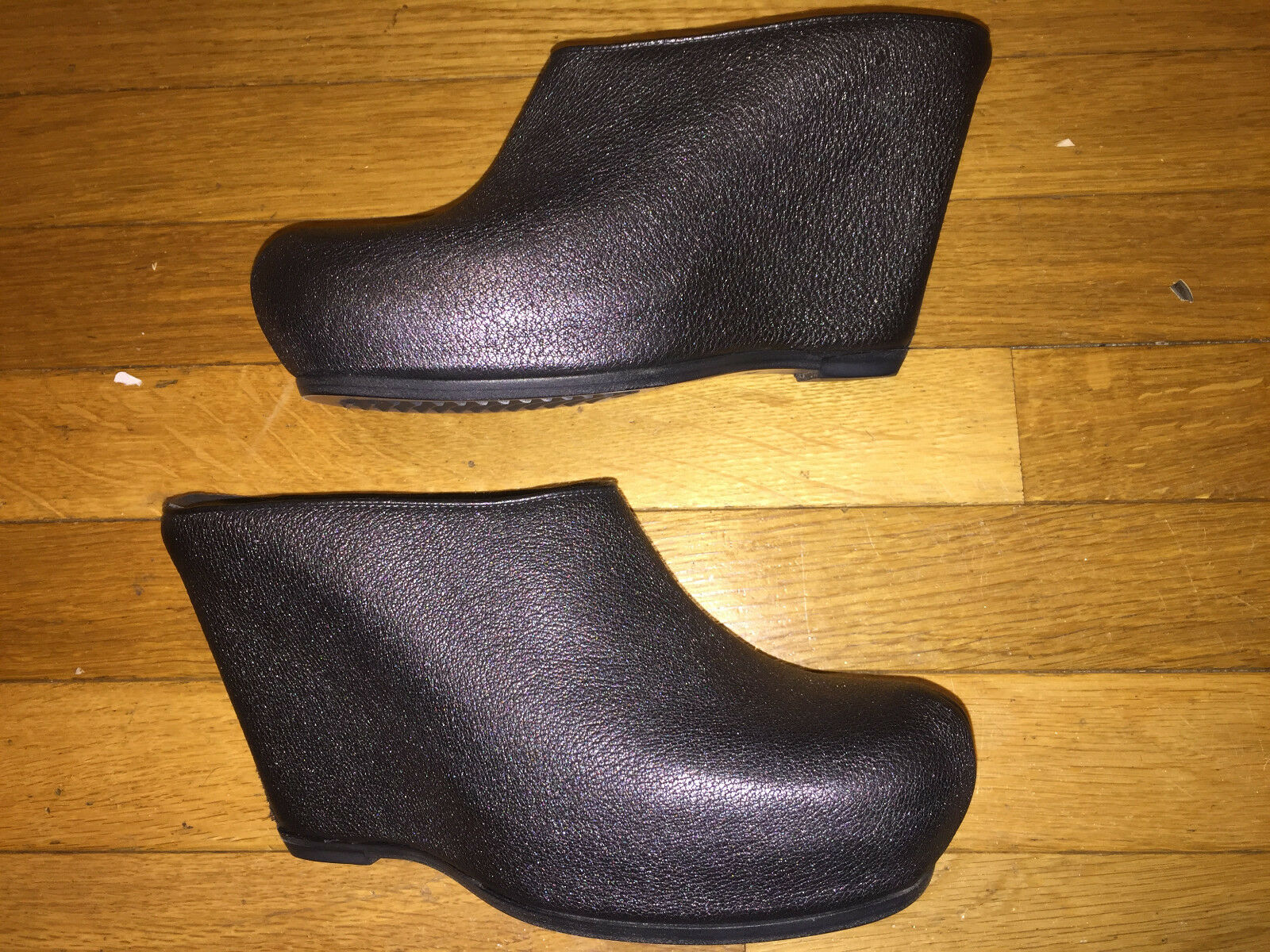 RICK OWENS SHOES CLOGS PEWTER LEATHER PLATFORM WEDGE MULE SHOES SIZE 39.5 (NEW)