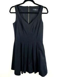 CUE Women's Size 8 Black Sleeveless V-Neck Knee Length Fit & Flare Dress