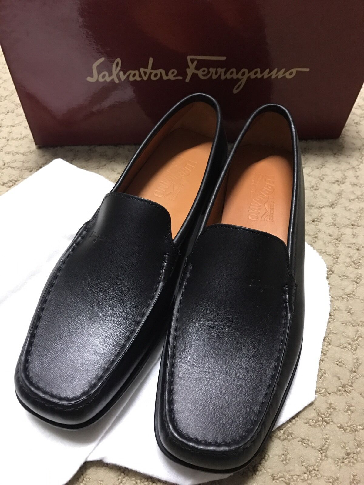 contatore genuino Donna  Ferragamo nero Leather Loafers 9 1 2 B B B  risparmia fino al 50%