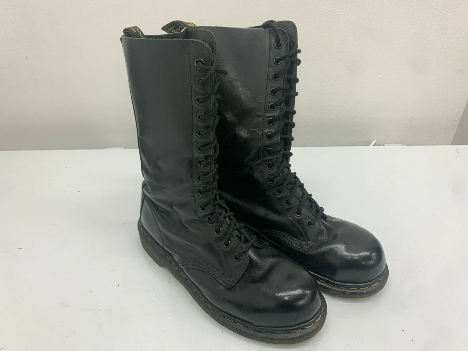Dr Martens Boots 14 Eyelets Black Leather, Size 8UK, Made In England. Steel Toe