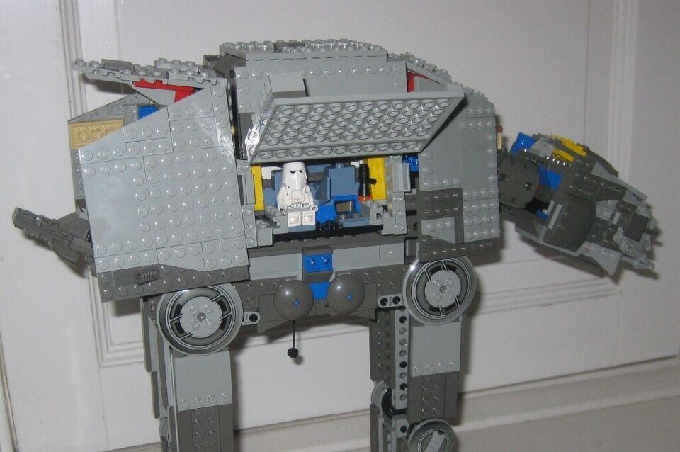 Lego Star Wars, Lego 4483 AT-AT