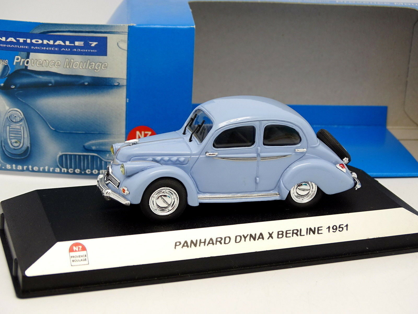 Starter N7 Provence Resin 1 43 - Panhard DYNA X 1951 bluee