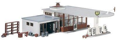 NEW ! HO Faller BP Gas / Service / Filling Station (1950s) Building KIT # 130347