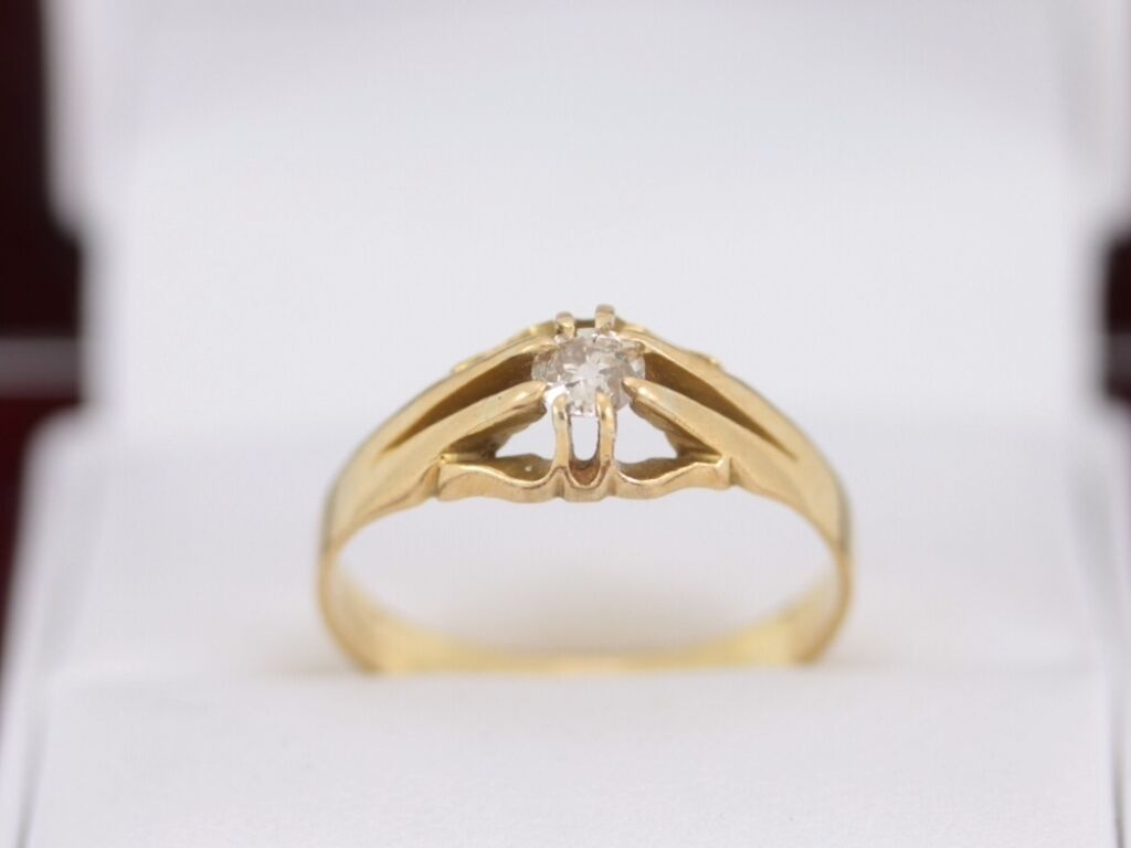 Diamond Solitaire Ring 18ct gold Ladies Vintage Engagement Size S N1