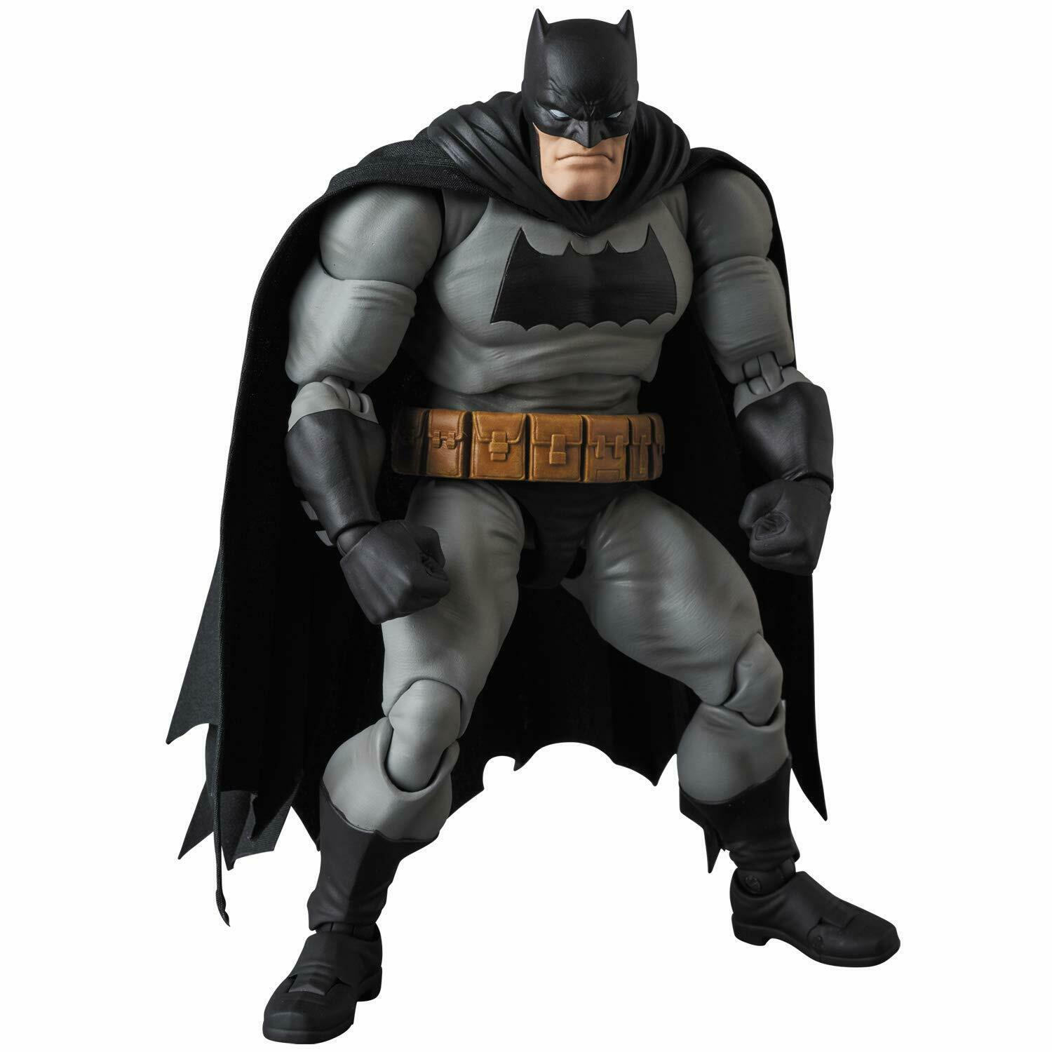 MAFEX Batman (The Dark Knight Returns) Japan version