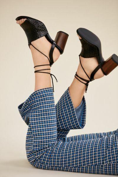 New Vagabond Carol Woven Black Leather Heel Sandals Sz 39