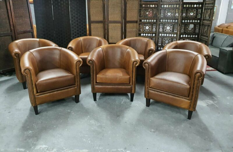 BRAND NEW Genuine Leather Tub Chairs, IN A COLOUR OF YOUR CHOICE, ON sale, R 4995 each