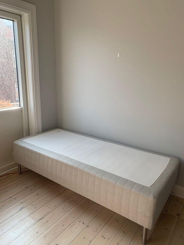Enkeltseng, Ikea, b: 90 l: 200 h: 50