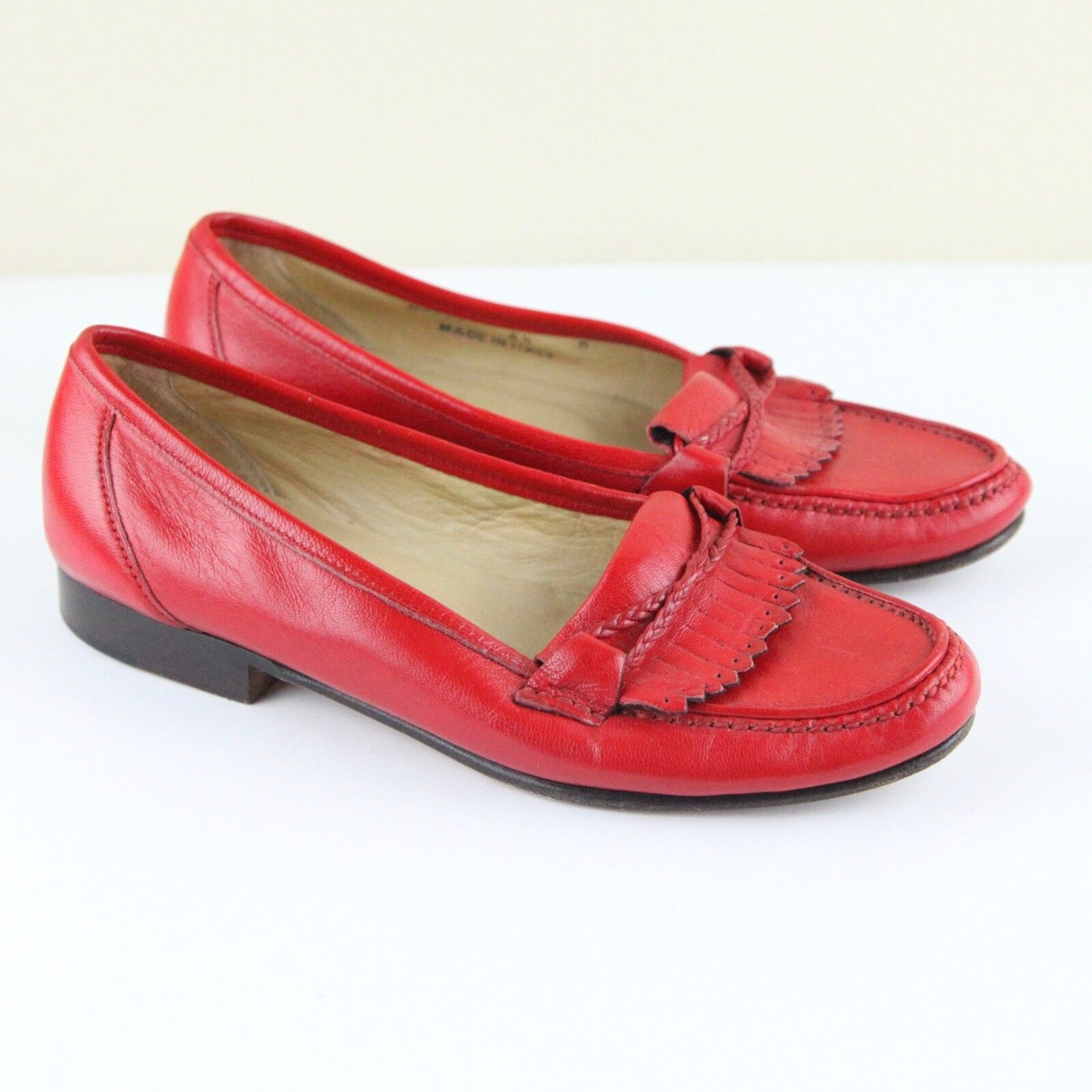 Bally Women's red leather Loafers fringe  5 1 2 Margy shoes Flats Vintage