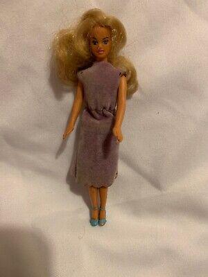 "Glamour Gals Loni Lemon Peel Doll 4 1//4/"" CPG 1981 Hong Kong Poseable Vintage"