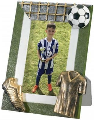 GOLD ICON FOOTBALL PLAYER TROPHY MAN OF THE MATCH AWARD SOCCER 24cm Q664.01 B3