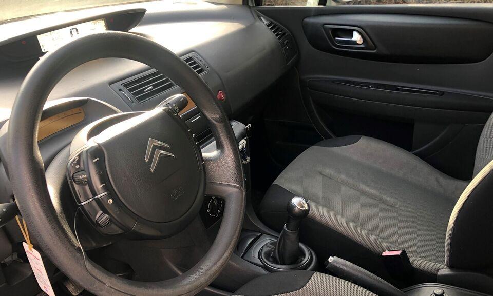 Citroën C4, 1,6 16V 110 Prestige, Benzin