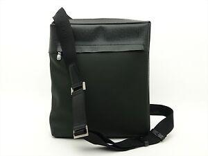 Image is loading Louis-Vuitton-Authentic-TAIGA-Leather-Beloukha-Cross-Body- f40910595e269
