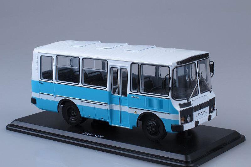 PAZ-3205 shuttle bus  1 43 Start Scale Models SSM4002