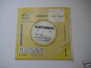 """7"""" Flexi/PLASTISONOR/TYPIC MUSIC/MIC 31/MEGARAR"""