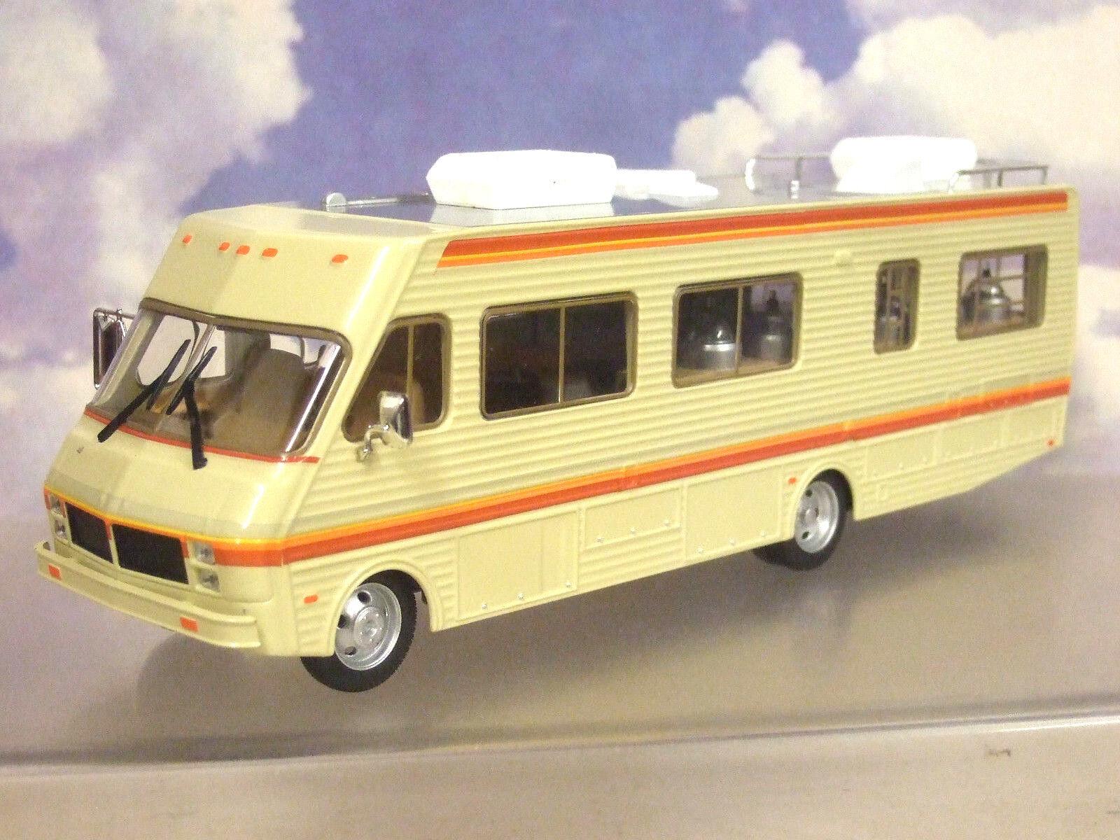 verdelight 1 43 Diecast 1986 Fleetwood BOUNDER Camper RV  BREAKING BAD   86500