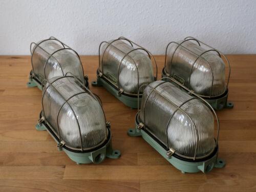 5 grüne Bunkerlampen mit Gitter Industrielampe Fabriklampe alte Kellerlampen DDR