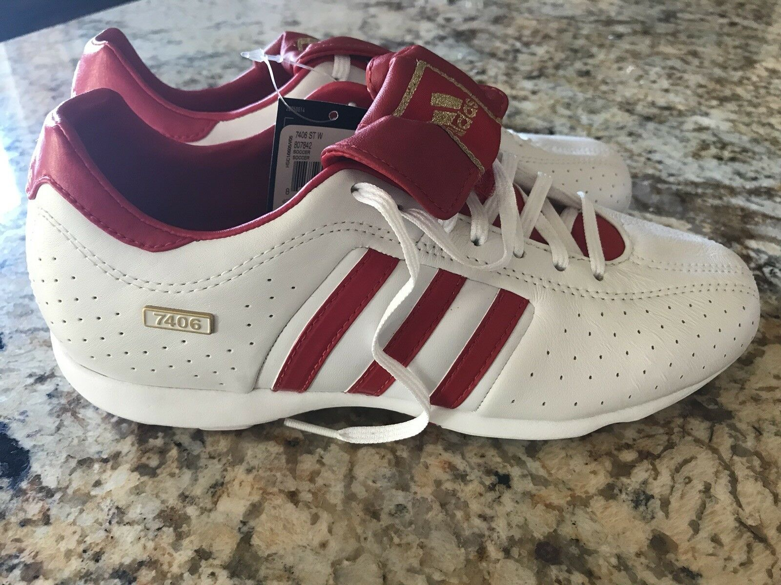 NWT Rare Adidas 7406 ST W 807842 White/Red 7.5 Indoor Soccer Shoes Size 7.5 White/Red 28fc2f