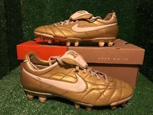 NIKE-TIEMPO-R10-RONALDINHO-GOLD-TOTAL-90-T90-SOCCER-SHOES-7-5-6-5-40