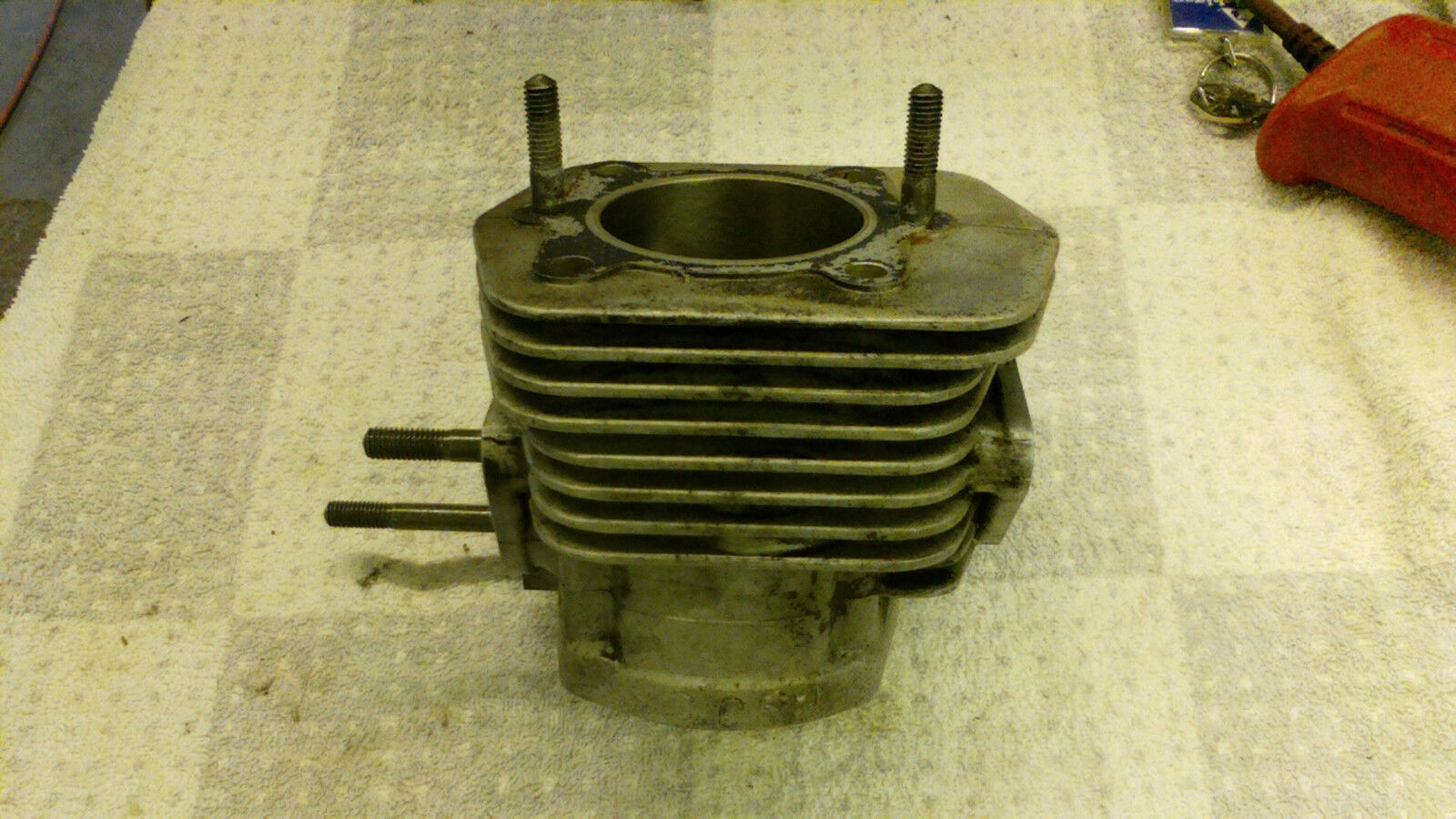 GOOD USED 1998 ARCTIC CAT JAG 340 SNOWMOBILE CYLINDER 3003-627