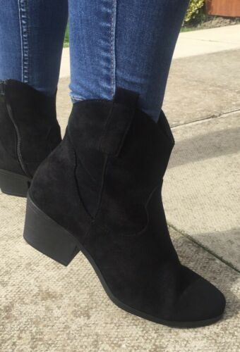 New Size 6 Boxed Ladies Black Suede Cowboy Style Ankle Boots