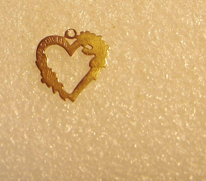 14k oro Giallo Floreale Cuore Aperto Aperto Aperto Ciondolo Collana N4-o 41a345