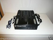 Traktor Kontrol Z2 DJ-Mixer inkl. Kabeln, ohne Software, 2 Jahre Garantie
