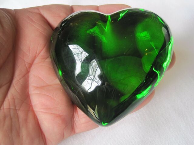 Beautiful Green Crystal Heart Paperweight