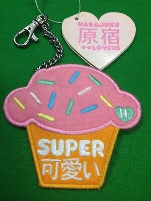 Sanrio Rare Gwen Stefani Collaboration Harajuku Cupcake Felt Vinyl Clip On 2006