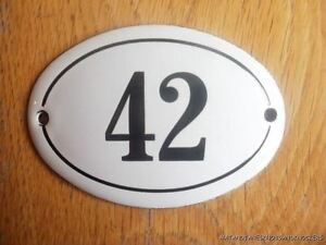 SMALL ANTIQUE STYLE ENAMEL DOOR NUMBER 83 SIGN PLAQUE HOUSE NUMBER SIGN