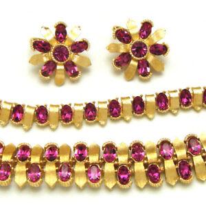 Fabulous-Crown-Trifari-Parure-Set-Fuchsia-Rhinestones-Gold-Tone-Necklace-Earring