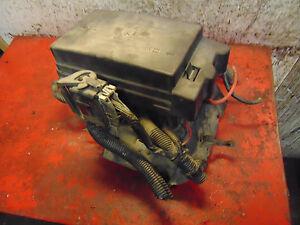 05 04 03 02 Chevy Trailblazer engine compartment fuse box ...