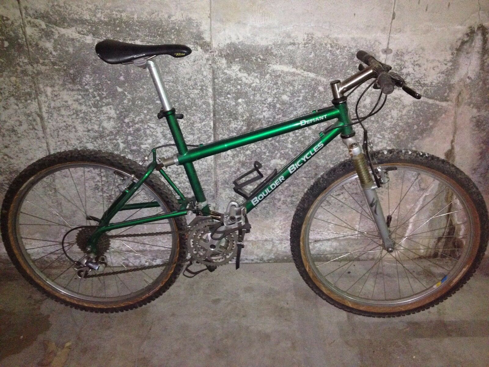 Vintage BOULDER DEFIANT Mountain Bike    Boulder Bicycles  exciting promotions