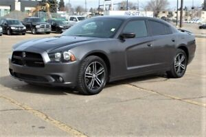 2014 Dodge Charger AWD SXT Accident Free,  Sunroof,  Back-up Cam,  Bluetooth,
