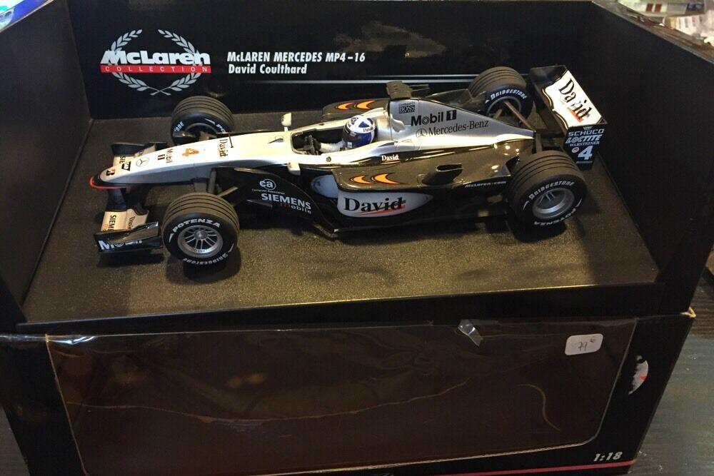 McLaren MP4/16 David Coulthard 2001 Minichamps 1/18
