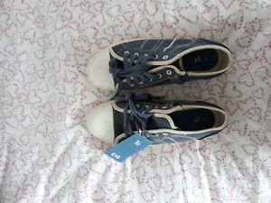 Boys-TU-Shoes-Size-4-New-with-tags-RRP-10-00
