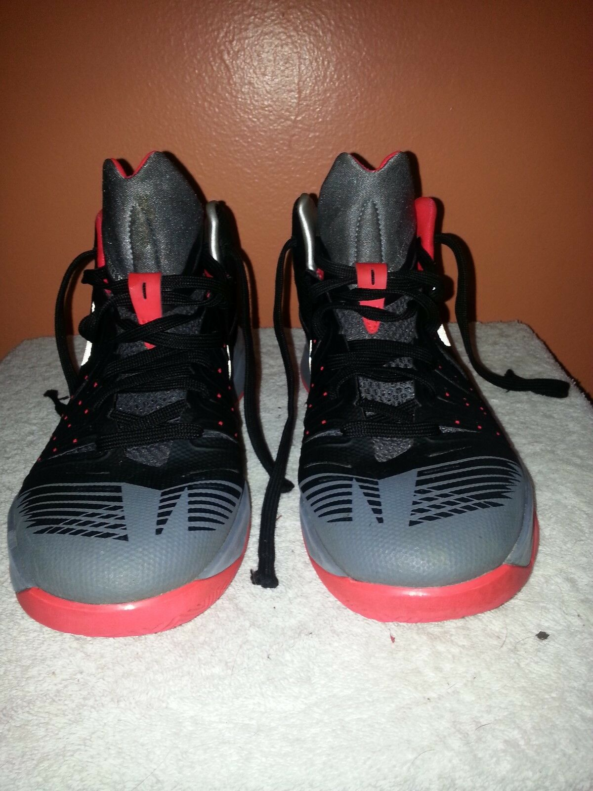 3b8f74af9 Pre-owned Nike Zoom I Get Buckets Men s Basketball Basketball Basketball  Shoe Size 9 643300-002 744195