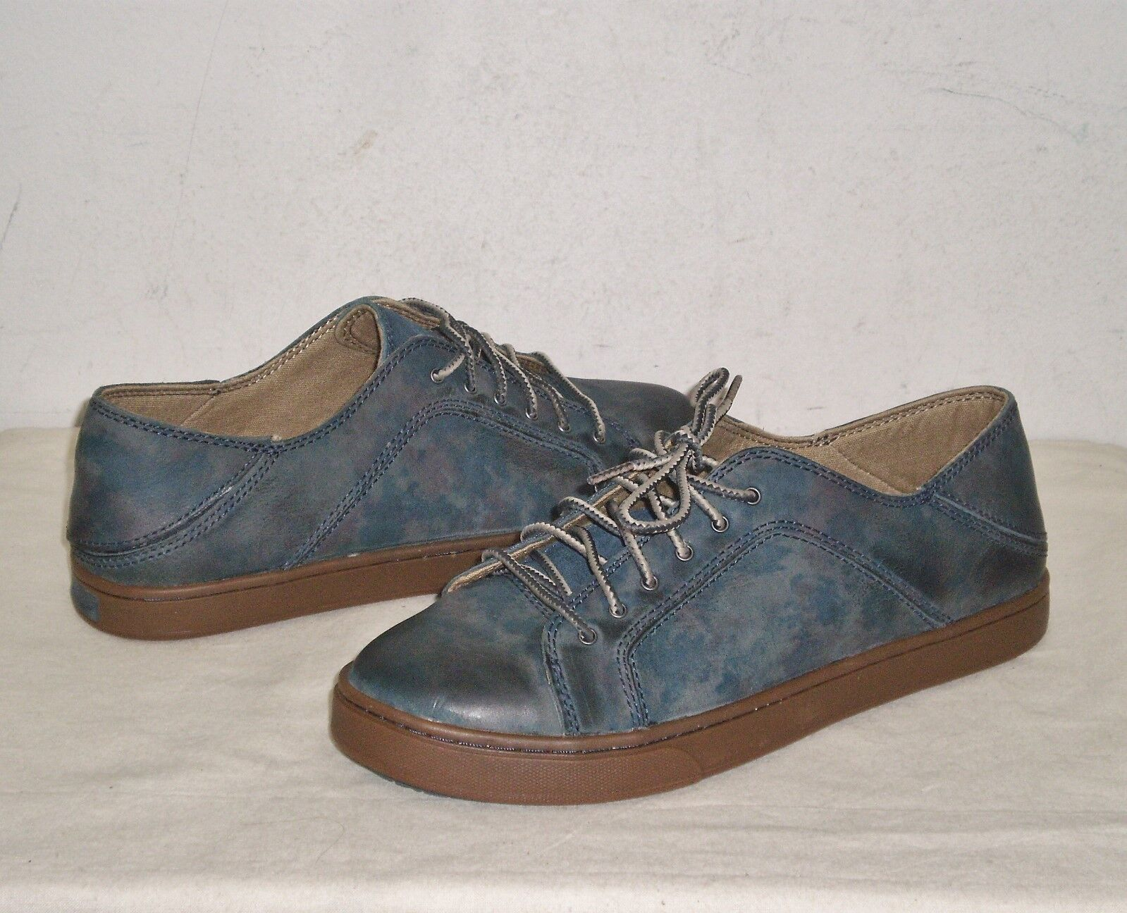 OLUKAI Donna ONEO Lace-up  Shoe 7  Blue Camo/Trench Blue NWOB  130 MSRP